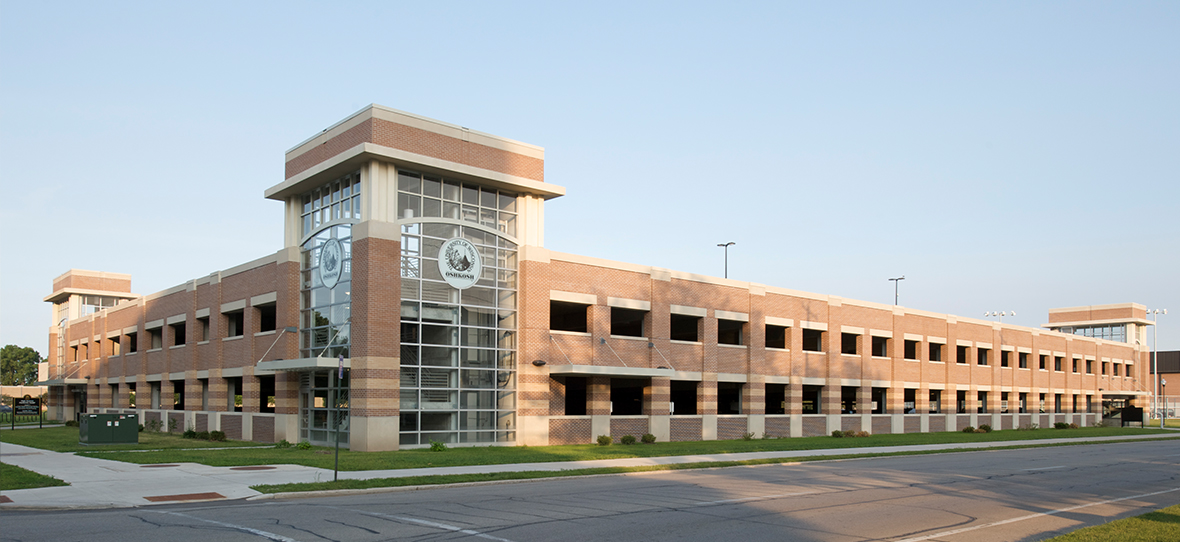 C.D. Smith constructed the South Campus Parking Ramp for UW- Oshkosh in Oshkosh, Wisconsin. C.D. Smith self-performed all concrete, masonry, steel and precast work. The project was completed ahead of schedule.