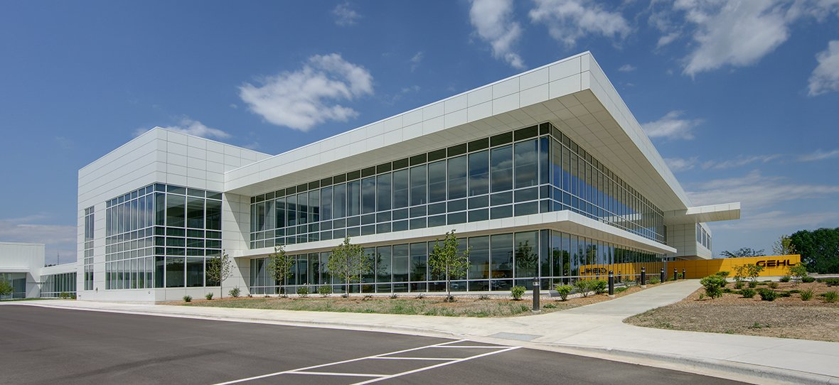 C.D. Smith provided Gehl Compan with construction management/general contracting services in the construction of its new modernized corporate headquarters in West Bend, Wisconsin. Sustainability was widely cosndiered as energy-efficient lighting is utilized to enhance natural lighting throughout the space.