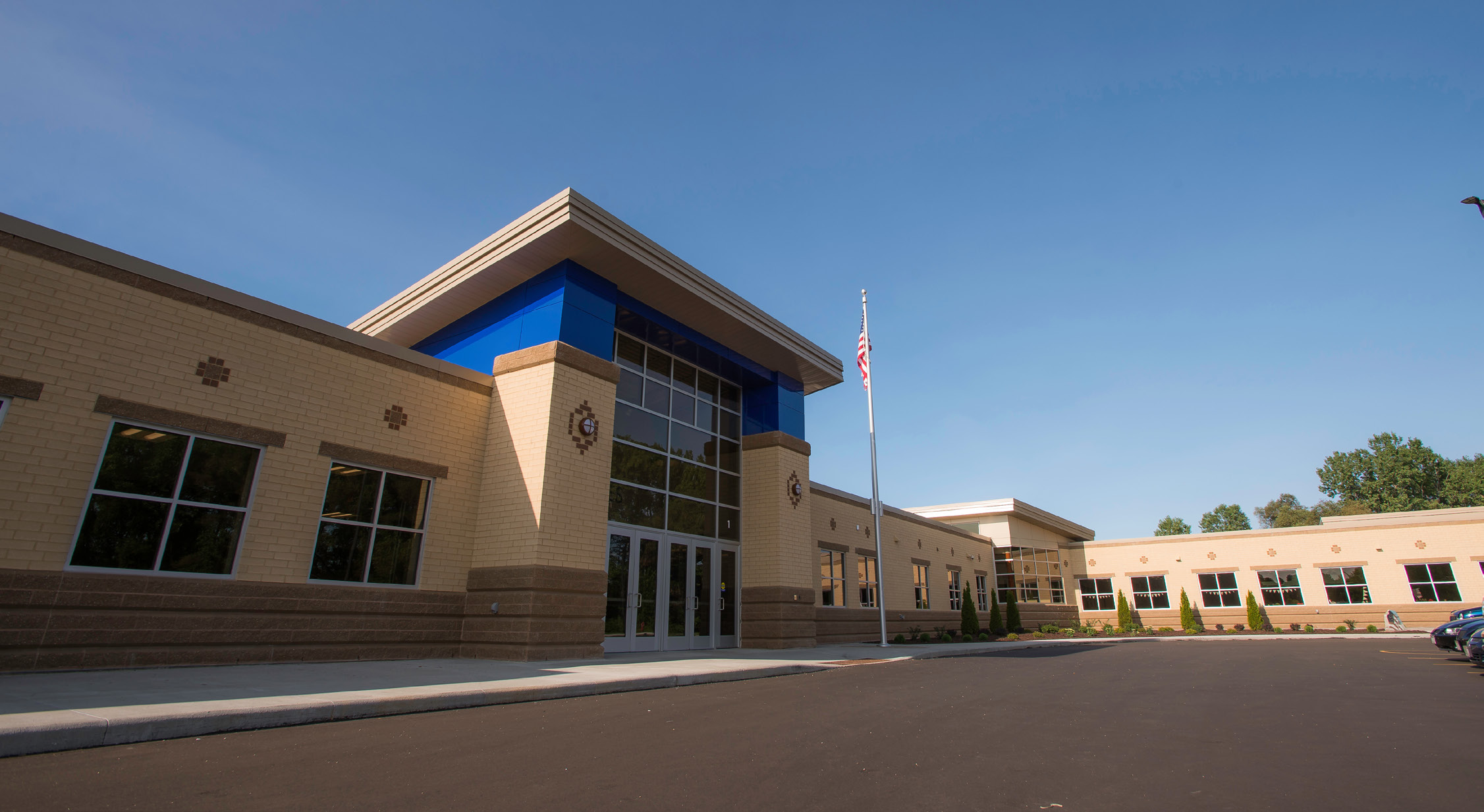 C.D. Smith was hired by the Hilbert School District to provide Preconstruction and Construction Management services for renovations and an elementary addition to its existing high/middle school facility. C.D. Smith self-performed all concrete, steel, masonry, and finish carpentry.