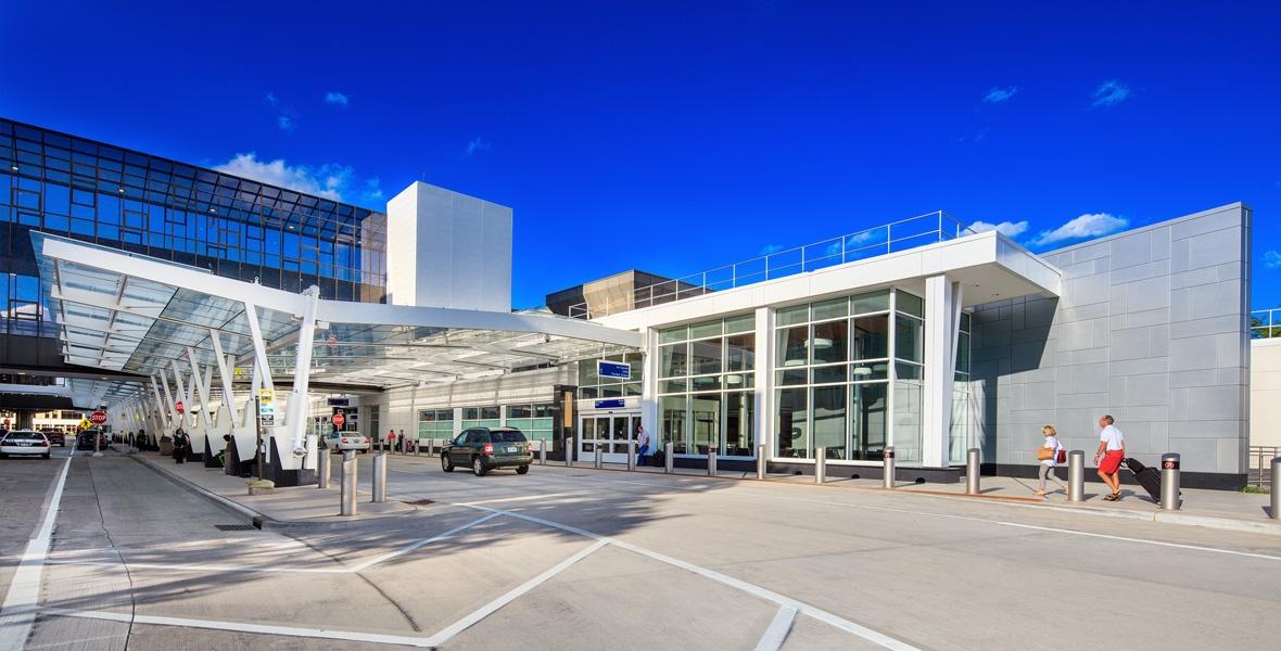 municipal-construction-Mitchell-Airport-Milwaukee-1