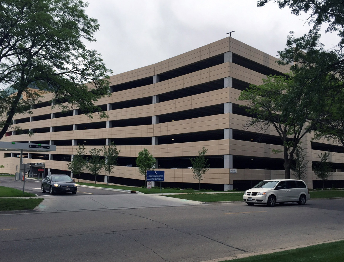 parking-structure-construction-Hill-Farms-Madison