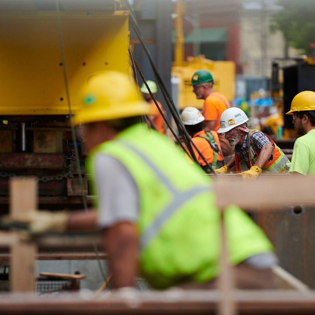 Historic Restoration Construction Milwaukee Symphony Orchestra Warner Grande Theatre historic restoration construction building modern Bradley Symphony Center