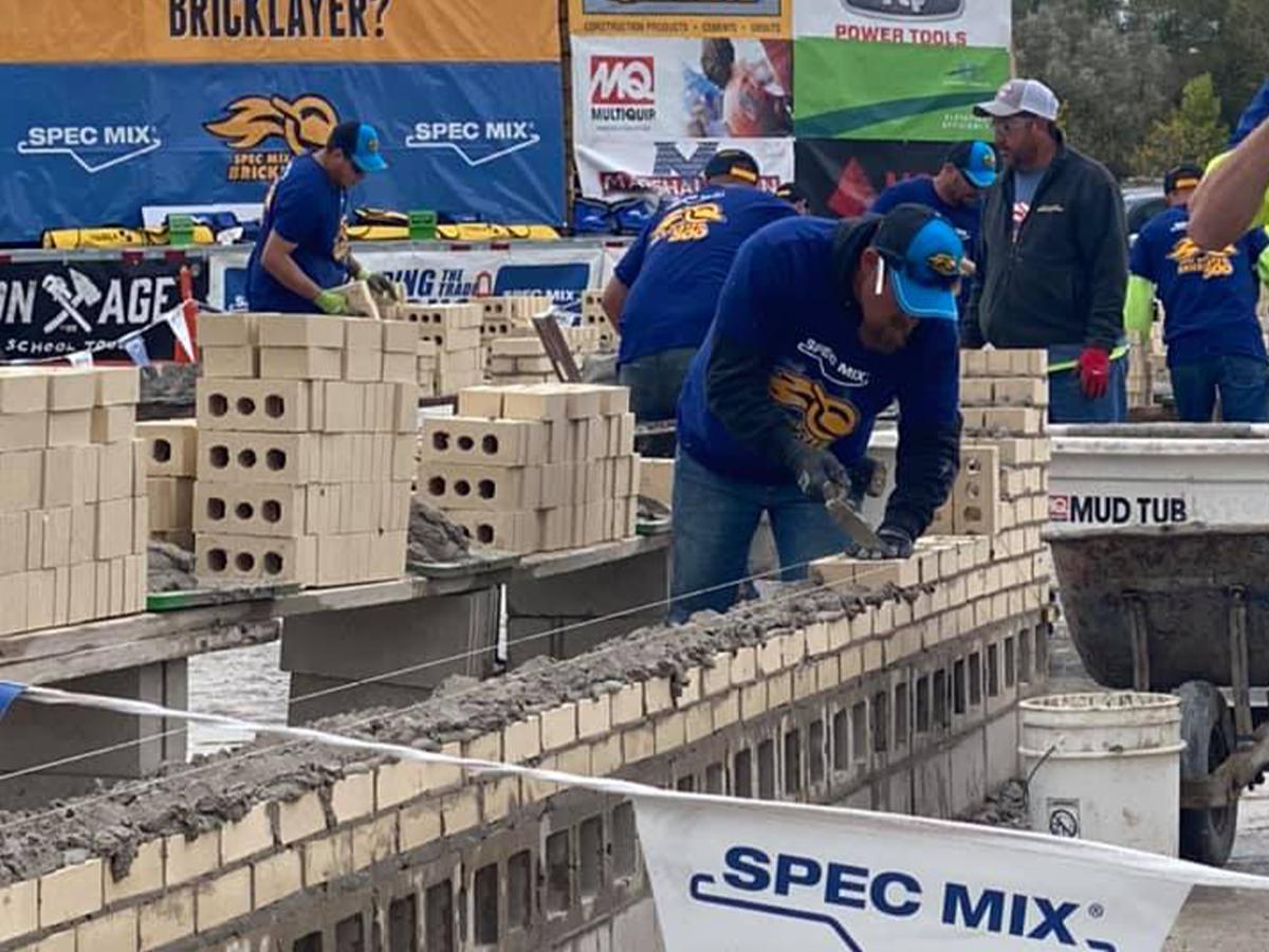 SPEC-MIX-BRICKLAYER-500-Wisconsin-Regional-SeriesC.D.-Smith-Mason-Foreman-Jesse-Steger-008
